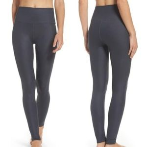 NWT ALO Yoga High Waist Airbrush Gray Leggings